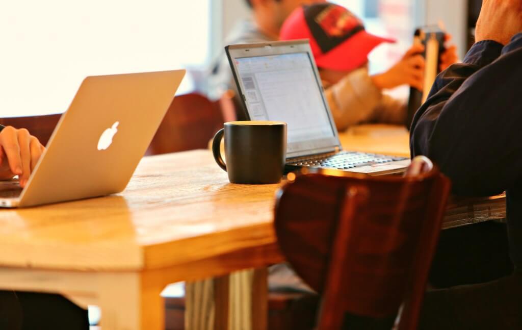 ブログを始めるには無料ブログサービスと有料ブログサービスのどちらがいいのか?